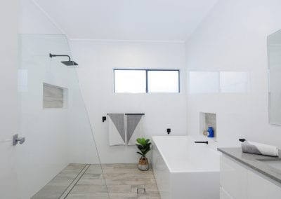 nowra-custom-new-home-bathroom