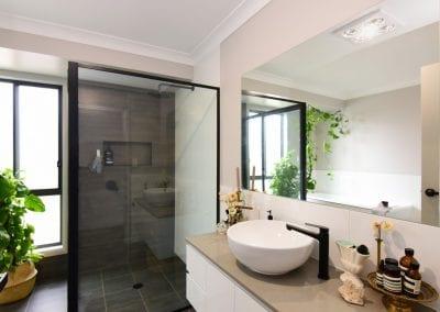 Nowra 2 bathroom2