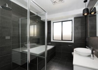 Sth Nowra bathroom2
