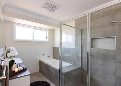 Twin Waters bathroom