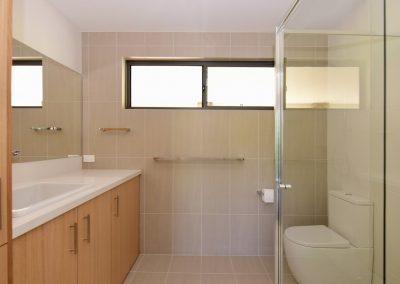 Far Meadow Cottage bathroom