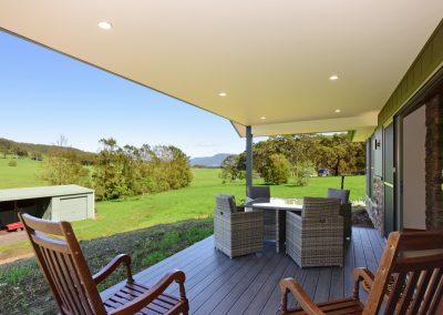 Far Meadow Cottage deck